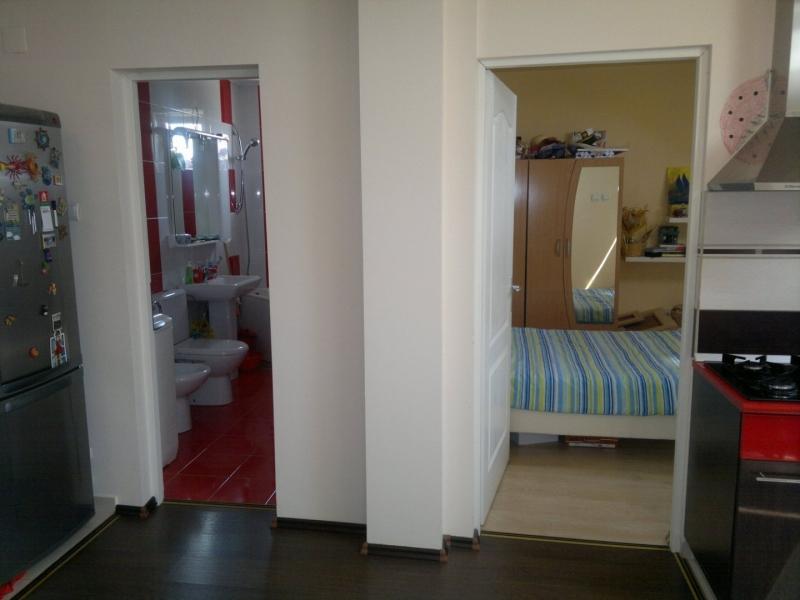 Vand Apartament 2 Cam NOU complet mobilat/utilat zona buna merita vazu-7