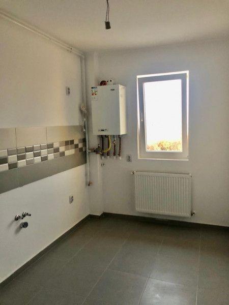 3 camere de vanzare 2 balcoane in GIROC - ID V62-4