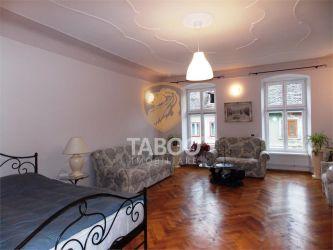 Afacere la cheie in regim hotelier de vanzare in Sibiu Centrul Istoric