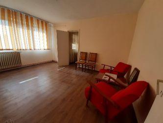 Alexandru Piata Voievozilor apartament 2 camere 45 mp cu CT nemobilat