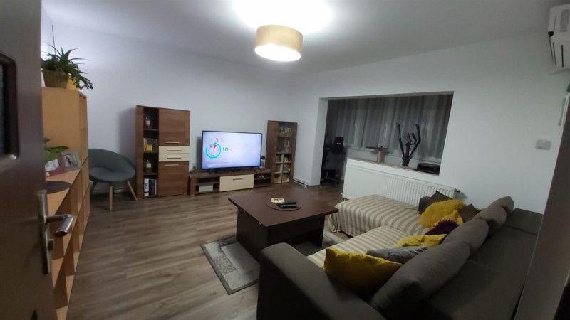 Aparatament 3 camere de vanzare zona Aradului - ID V203-1