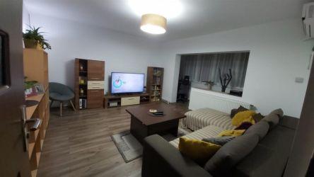 Aparatament 3 camere de vanzare zona Aradului - ID V203