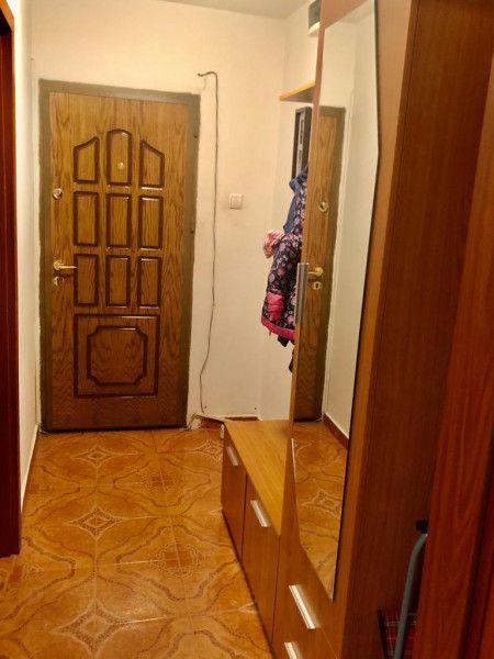 Apartament 2 camere de vanzare in zona Aradului - ID V80-20