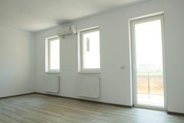 Apartament 2 camere decomandat, etaj 2 .Str Cheile Turzii- Sector 4