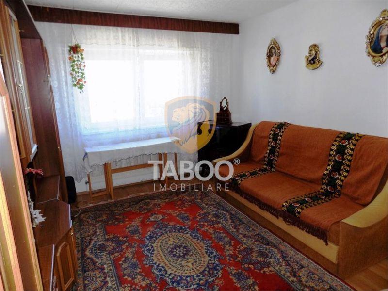 Apartament 2 camere decomandate de inchiriat zona Mihai Viteazu Sibiu-1