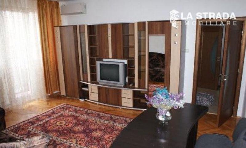 Apartament 2 camere, strada Horea-Semicentral-1