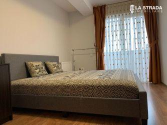 Apartament 3 camere, Calea Motilor, zona Platinia