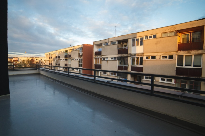 Apartament 3 camere cu terasa -Semicentral-7