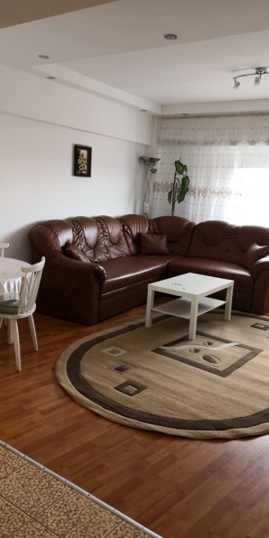 Apartament 3 camere de inchiriat-6