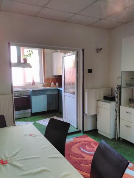 Apartament 3 camere de vânzare -8