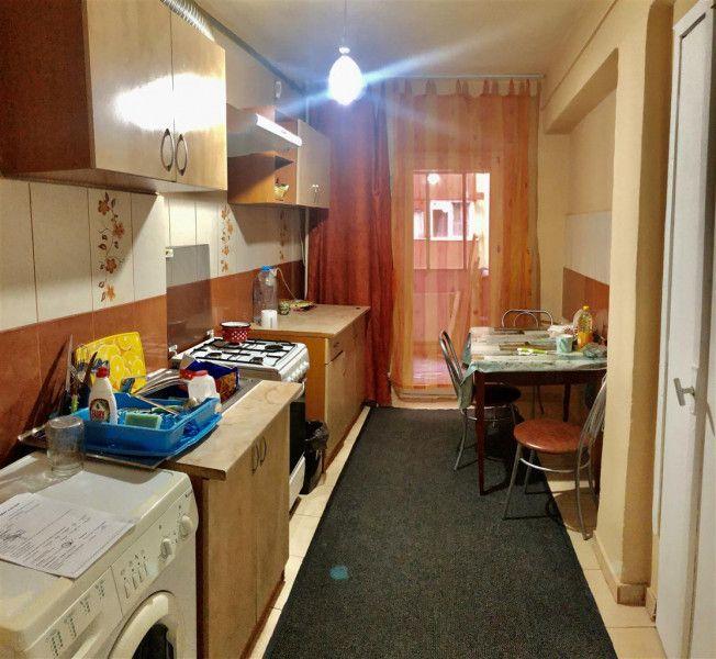 Apartament 3 camere de vanzare in Dacia - ID V15-14