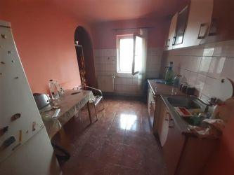 Apartament 3 camere de vanzare Lipovei - ID V224