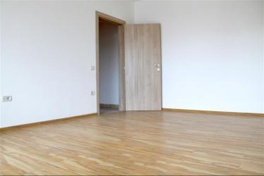 Apartament 3 camere Metrou Leonida - 98mp - Pret promotional