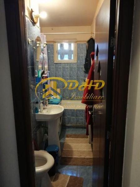 Apartament 3 camere Mircea cel Batran 290 euro-1