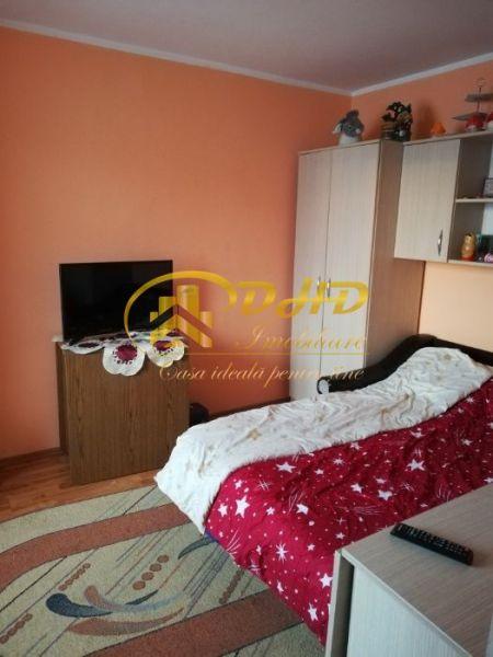 Apartament 3 camere Mircea cel Batran 290 euro-7