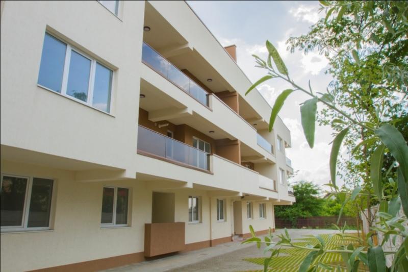 Apartament 3 camere mutare imediata-1