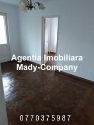 Apartament 3 camere semidecomandat de inchiriat in Constanta, zona Tom