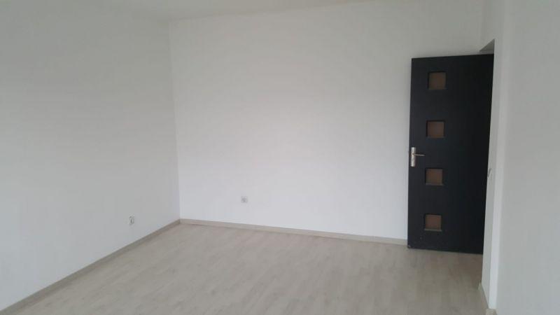 Apartament cu 1 camera de inchiriat-9