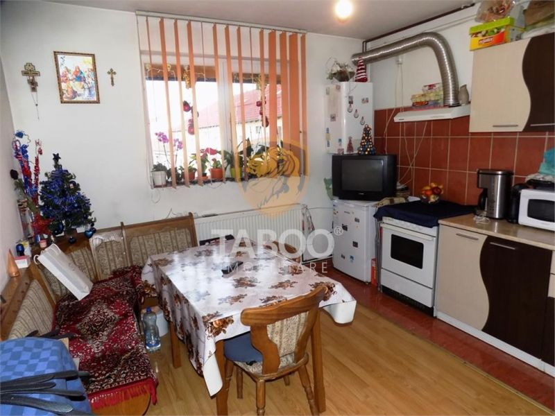 Apartament cu 2 camere de vanzare in zona Terezian din Sibiu-1