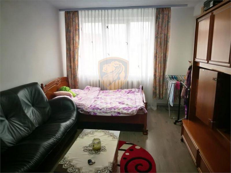 Apartament cu 2 camere decomandate si balcon in Sibiu Strand 1-1