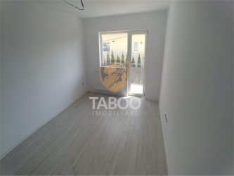 Apartament cu 2 camere decomandate si gradina proprie de vanzare