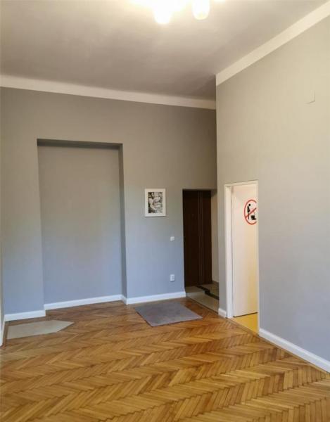 Apartament cu 2 camere in centrul orasului la 89.999 euro-4