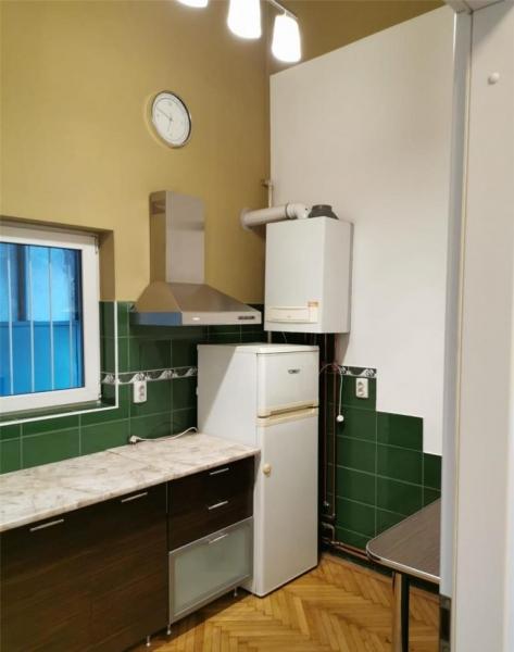 Apartament cu 2 camere in centrul orasului la 89.999 euro-5