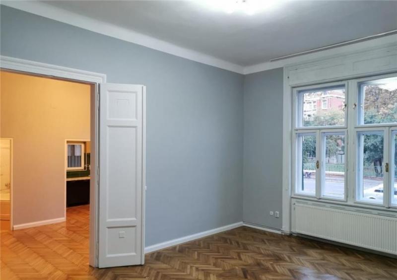 Apartament cu 2 camere in centrul orasului la 89.999 euro-8