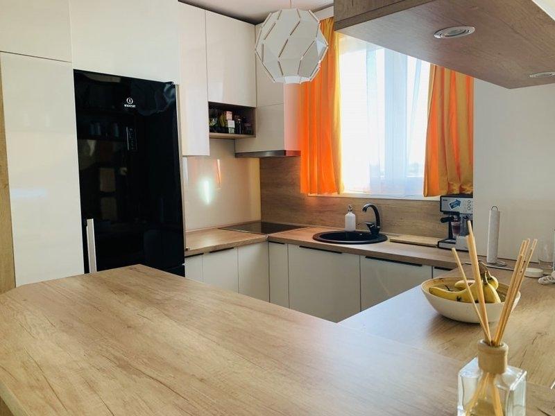 Apartament cu 2 camere in complex Rezidential ADORA FOREST la 76.000 e-6
