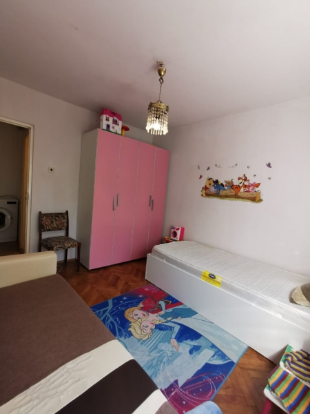 Apartament cu 2 camere in inima COMPLEXULUI STUDENTESC la 300 euro-9