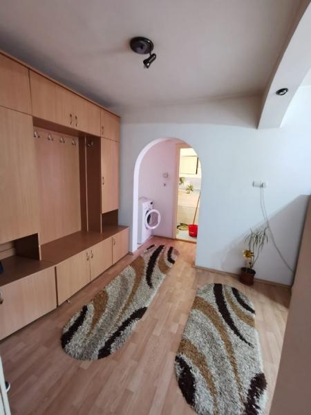 Apartament cu 2 camere in inima COMPLEXULUI STUDENTESC la 300 euro-11