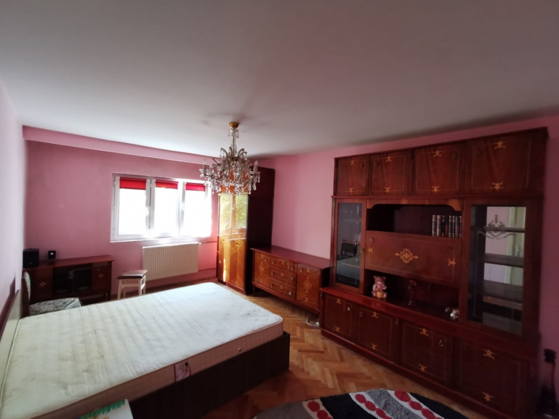 Apartament cu 2 camere in inima COMPLEXULUI STUDENTESC la 300 euro-16