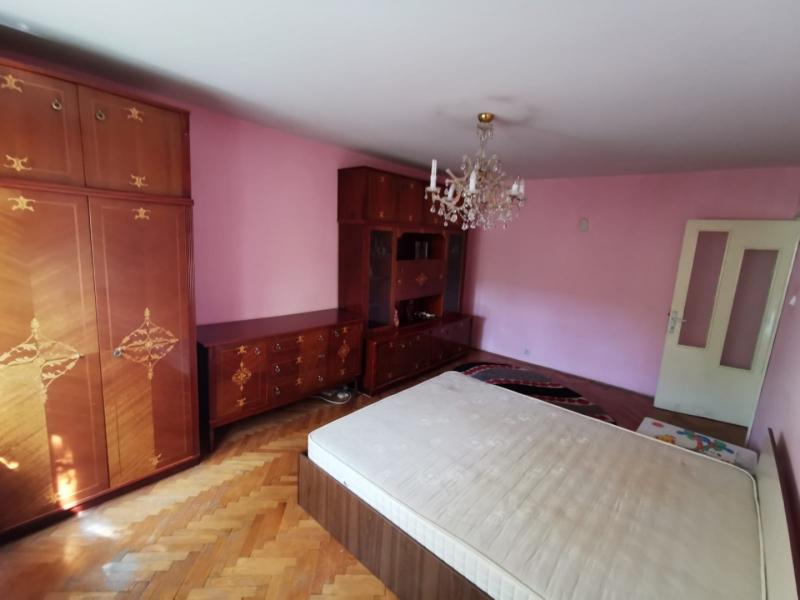 Apartament cu 2 camere in inima COMPLEXULUI STUDENTESC la 300 euro-17