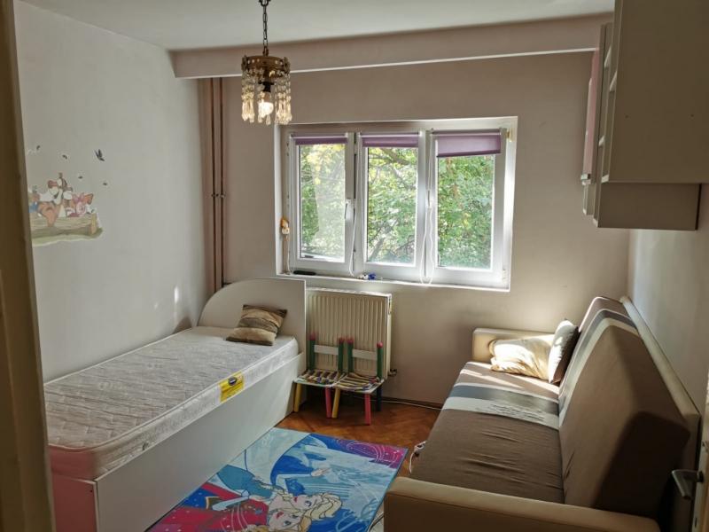 Apartament cu 2 camere in inima COMPLEXULUI STUDENTESC la 300 euro-20