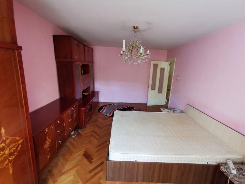 Apartament cu 2 camere in inima COMPLEXULUI STUDENTESC la 300 euro-21