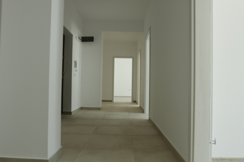 Apartament cu 2 camere la cheie, decomandat, stradal la bulevard-4