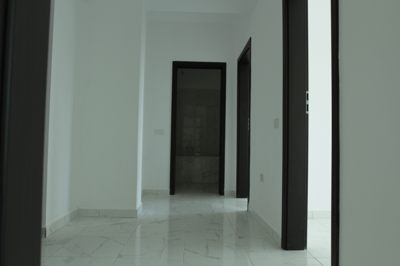 Apartament cu 2 camere la cheie, decomandat, stradal la bulevard-9