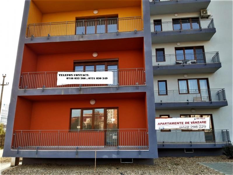 Apartament cu 2 camere ,la prima inchiriere,in COMPLEX TORONTO la 420 -2
