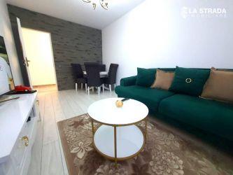 Apartament cu 2 camere, zona Vivo
