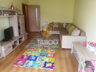 Apartament cu 3 camere 2 balcoane si pivnita de vanzare in Turnisor