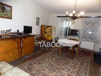 Apartament cu 3 camere 79 mp utili in zona Piata Cibin din Sibiu