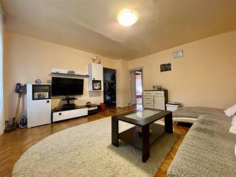 Apartament cu 3 camere 80 mp Bucovina - ID V310