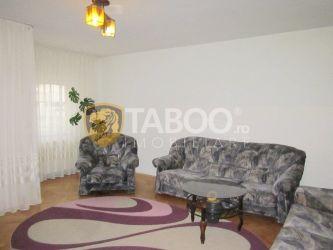 Apartament cu 3 camere de inchiriat in Sebes zona Valea Frumoasei