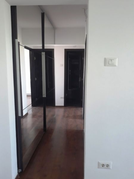 Apartament cu 3 camere de vanzare in Iasi zona Alexandru cel Bun-2