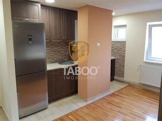 Apartament cu 3 camere de vanzare in Sebes strada Valea Frumoasei