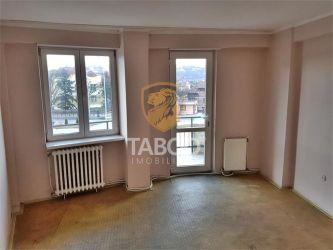 Apartament cu 3 camere de vanzare in Sebes zona Lucian Blaga