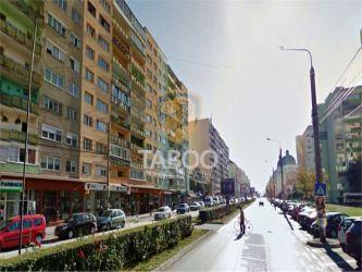 Apartament cu 3 camere decomandate de inchiriat zona Mihai Viteazu