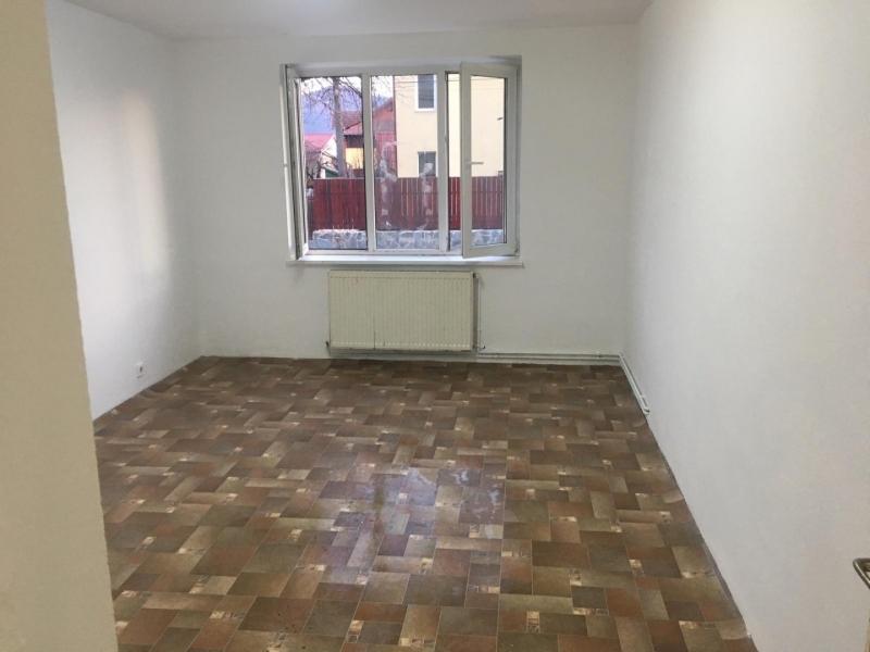 Apartament cu 3 camere in Floresti , Str. Horea -7