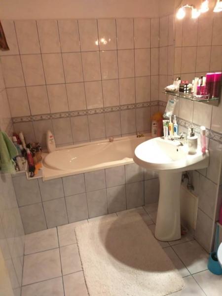 Apartament cu 3 camere in zona BUCOVINA- TORONTAL la 380 euro-9