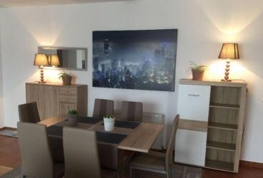 Apartament cu 3 camere in zona CL LIPOVEI la 88.000 euro